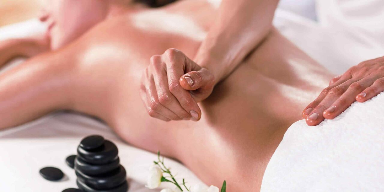 https://www.thewoulfecollective.com.au/wp-content/uploads/2018/10/spa-massage-16-1280x640.jpg
